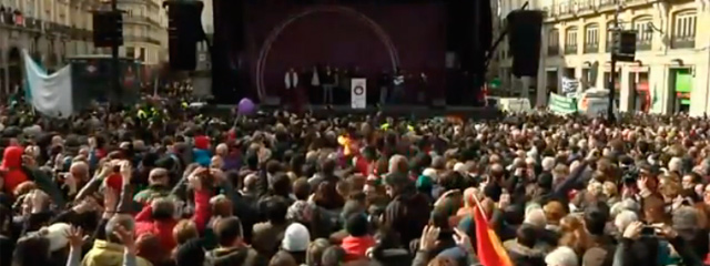 """""""El Adagio en mi País"""" de Alfredo Zitarrosa fue una de las canciones referentes de la Marcha del Cambio Podemos, en Madrid"""