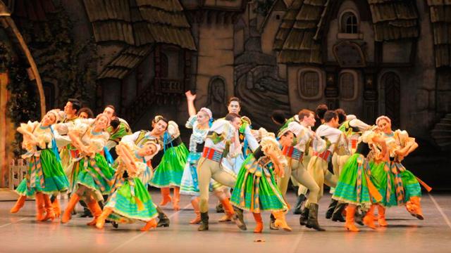 El estreno de Coppélia, del Ballet Nacional, marca el regreso de la Orquesta Sinfónica en vivo