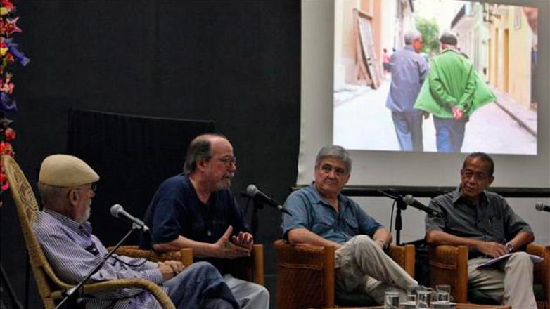 """En """"Casa de las Américas"""" destacados intelectuales rindieron homenaje a Galeano"""