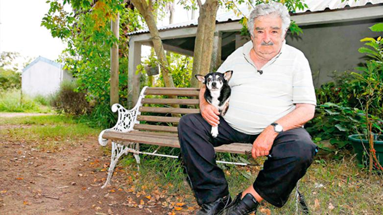 Ex presidente Mujica respondió preguntas de todas partes del mundo, en reportaje de la cadena BBC Mundo