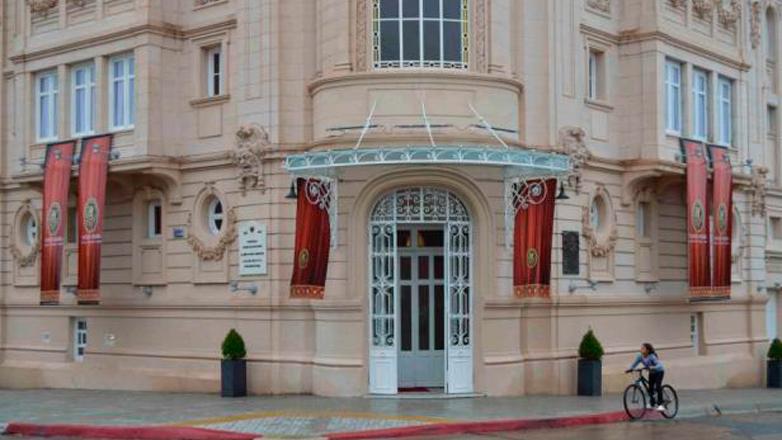 Con la reapertura del teatro Young, Fray Bentos recuperó un ícono cultural y una joya arquitectónica