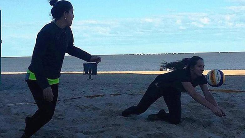 Gómez – Nieto, la dupla femenina que defenderá a la celeste en el Mundial de Vóley Playa de Holanda