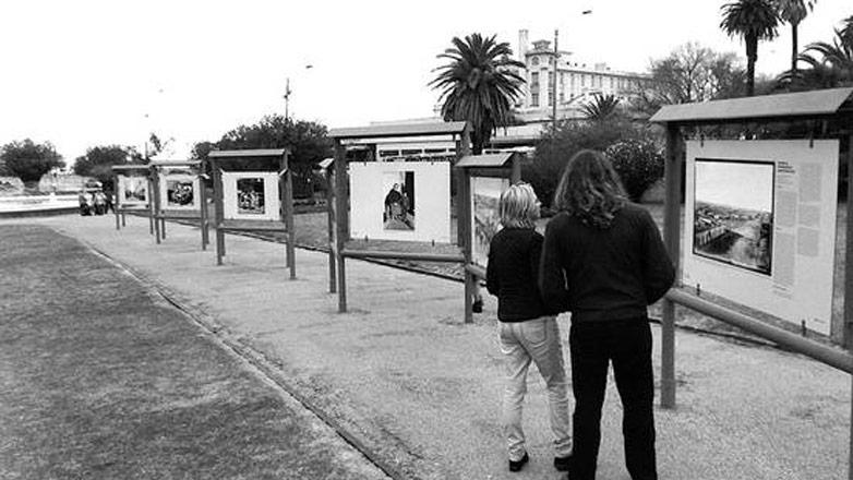 Flash sobre el pasado: una muestra relata la historia técnica y social de la fotografía en Uruguay