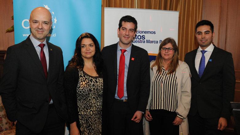 Uruguay y Chile comparten experiencia en estrategia digital para promover la marca país