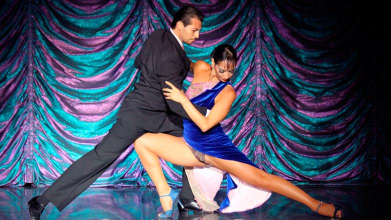 El 2×4 se palpita en Montevideo durante el 28° Festival Internacional Viva el Tango