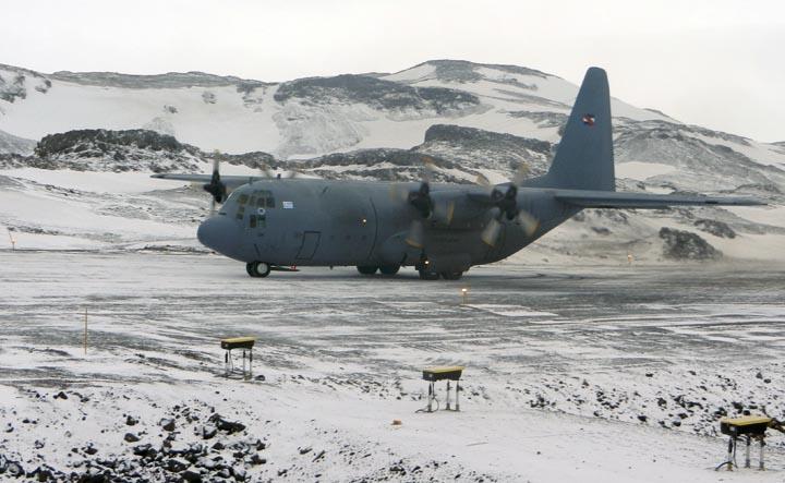 Investigaciones científicas, técnicas y ambientales consolidan presencia de Uruguay en la Antártida