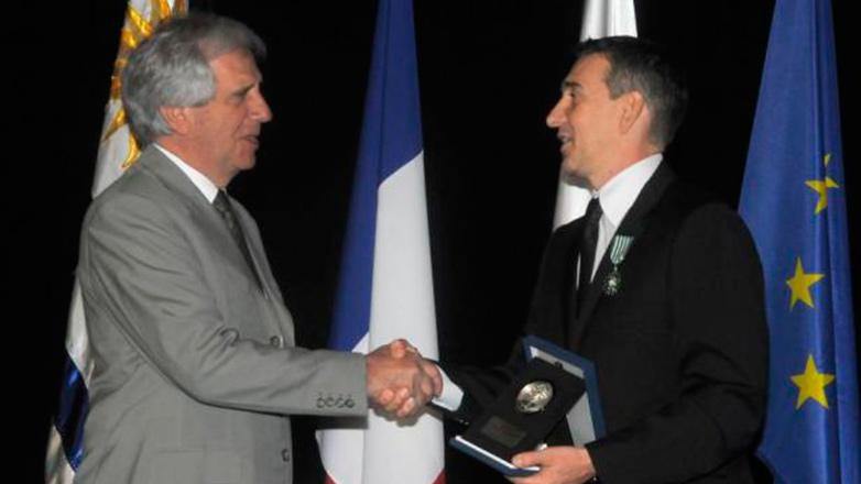 Julio Bocca recibió la medalla Delmira Agustini: El argentino más querido en Uruguay