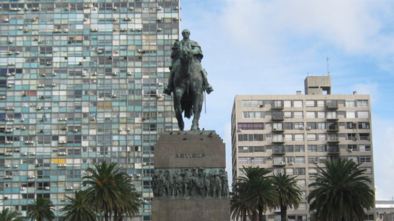 """The Guardian: """"Donde Uruguay lidera, el resto del mundo lucha por seguirle el ritmo"""""""