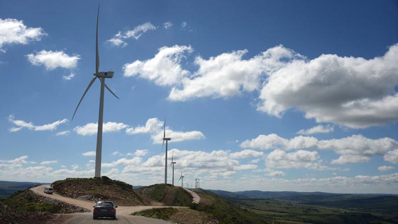 Uruguay destacado en París por el uso de energía renovable