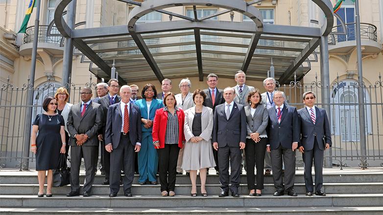 Reunión de ministros de Salud en Montevideo logró acuerdo de salud para toda América: lucha contra virus zika se basará en combate al vector, vigilancia y atención sanitaria