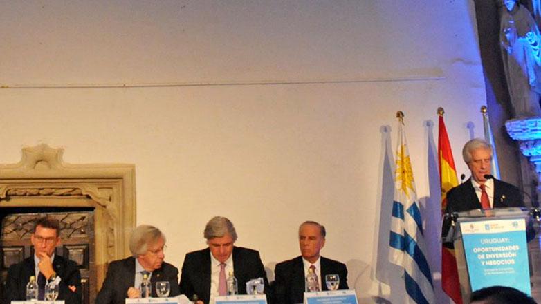 Ministro Astori habló sobre Uruguay ante empresarios españoles