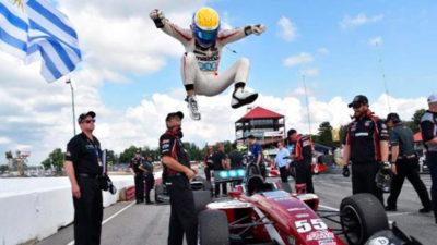 Santiago Urrutia fue elegido como el mejor piloto en Estados Unidos