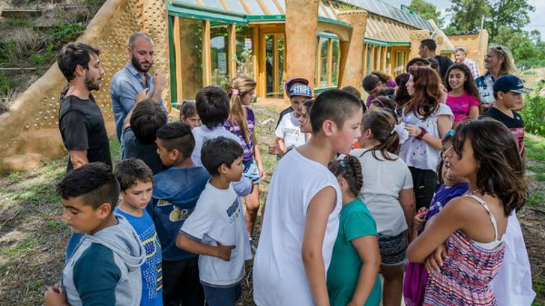 La Escuela Sustentable logró excelentes resultados educativos y 100% de autosuficiencia