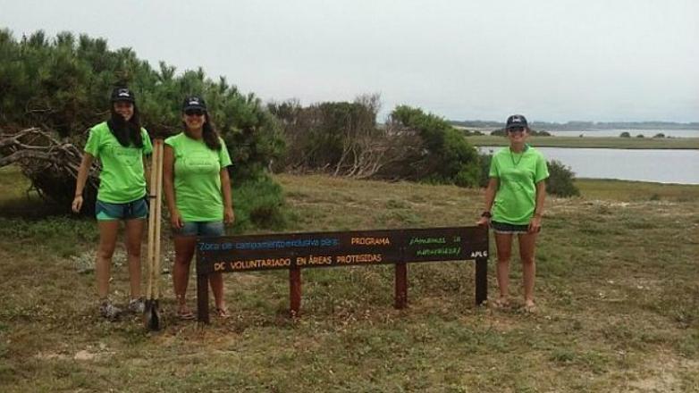 Cuatro universitarias son voluntarias protectoras de la belleza natural uruguaya