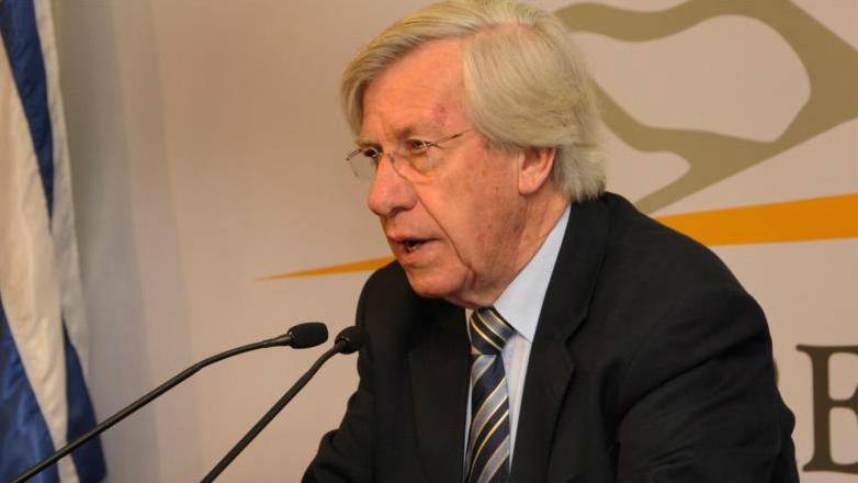 Uruguayan economic activity growths despite recessions in the region