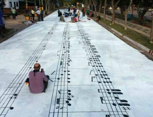 Pintan un enorme mural de La Cumparsita en una calle de Uruguay
