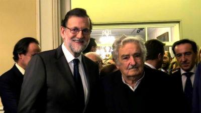 Rajoy en Uruguay: rambla, Mujica y Chapecoense