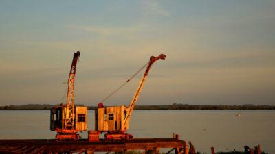 búsqueda patrimonial subacuática en la zona del ex Frigorífico Anglo