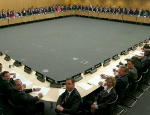 Uruguay y 75 países firman pacto antievasión de OCDE