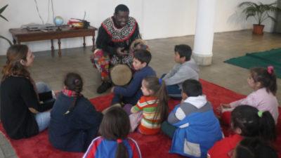 Buscan integrar a los niños que llegan de lejosBuscan integrar a los niños que llegan de lejos