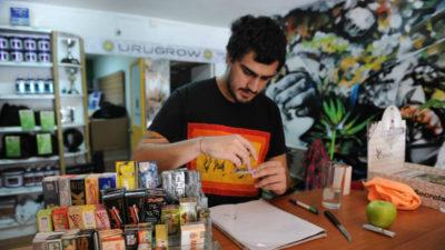 Uruguay revoluciona la política de drogas mundial con la venta de marihuana en farmacias