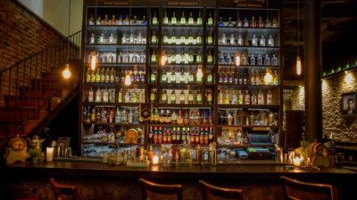 Los mejores lugares de tragos de Montevideo + qué tomar en cada uno, según Flur Magazine