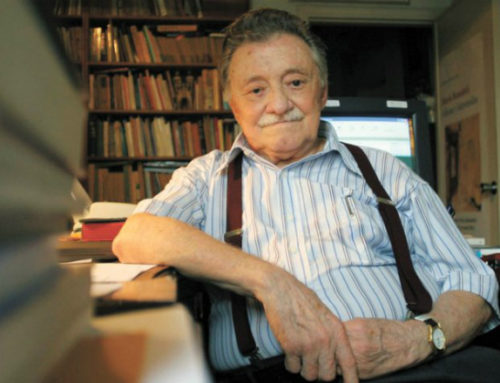 Las mil dedicatorias de la biblioteca que Benedetti dejó en España