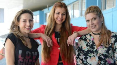 Tres mujeres hacen historia y relatarán el partido