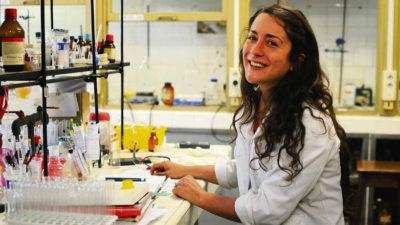 La científica uruguaya entre los premios Nobel