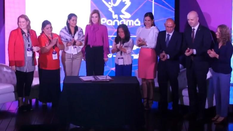La estrategia multisectorial de la marca país Uruguay fue presentada con éxito en Panamá