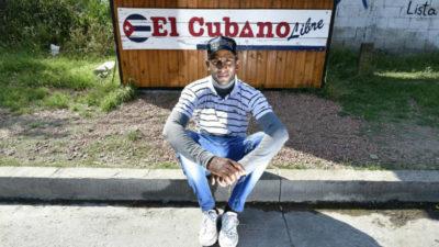 Un pueblo desbordado de cubanos
