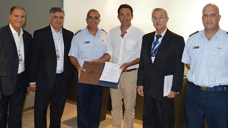 El Aeropuerto de Carrasco pionero en la región tras recibir certificado nacional e internacional por sus estándares de seguridad operacional