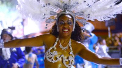 Miles de personas acompañaron la primera jornada del Desfile de Llamadas