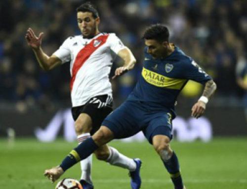 Dos goles con pases uruguayos