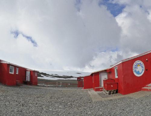 Cuatro ministerios delinearon en la Base Científica Artigas la política antártica para este año