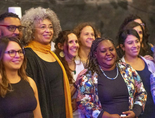 Angela Davis celebró el Día de la Eliminación de la Discriminación Racial en Montevideo