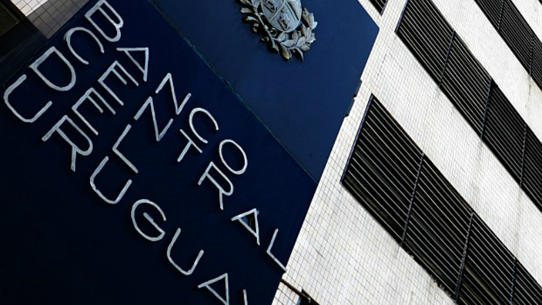 """Uruguay fue eliminado de """"lista gris"""" de paraísos fiscales de la Unión Europea"""