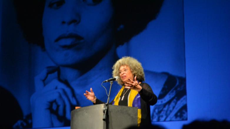 La semana que Angela Davis volvió visible a las mujeres afro