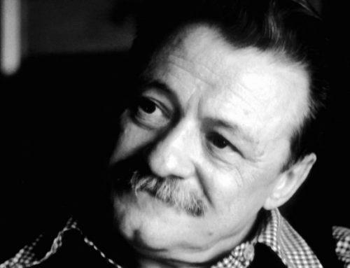 Diez años después, Benedetti sigue «muy vivo» gracias al amor