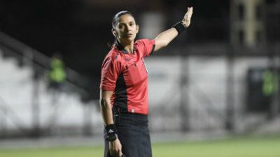 Claudia Umpiérrez dirigirá el partido inaugural del Mundial femenino