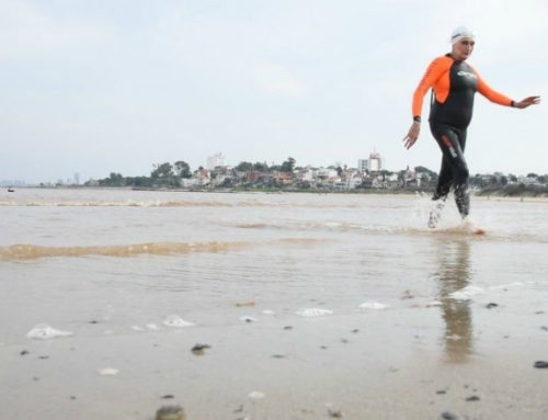 La nadadora Margarita Kemayd es de oro ¡a los 80 años!