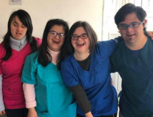 Un lavadero inclusivo en Maldonado que es atendido por chicos con síndrome de Down