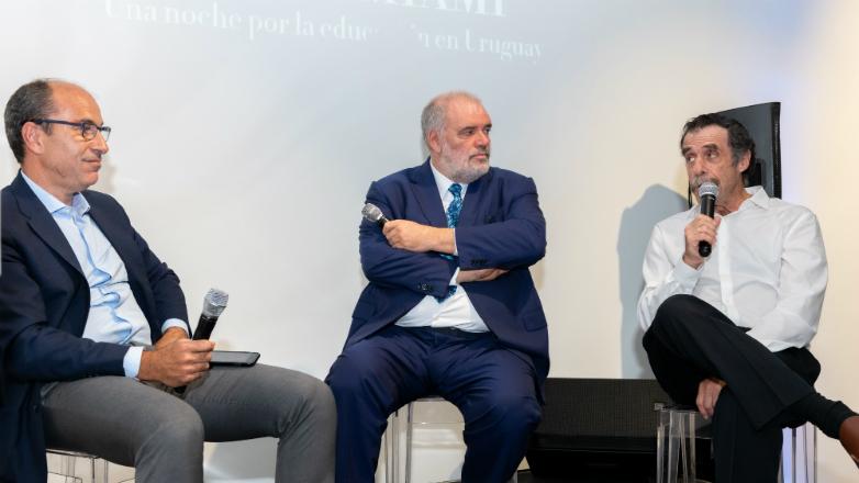 Cena de ReachinU en Miami - Una noche por la educación en Uruguay