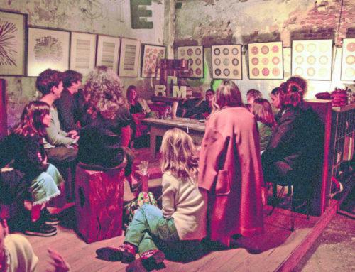 Gabinete de curiosidades: quedan dos fechas de Ronda de Mujeres, ahora en un galpón secreto en Parque Rodó