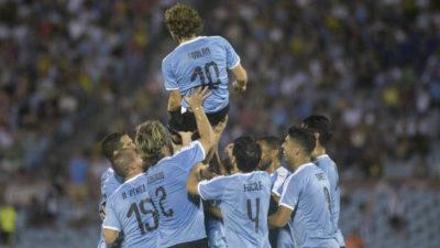 Un adiós no es para siempre: Se retiró Diego Forlán