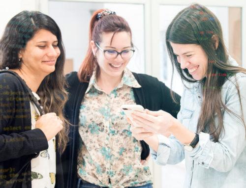 Jóvenes a Programar del Plan Ceibal graduó a 340 uruguayas