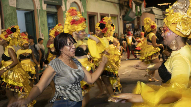 Borocotó, clic, clic: El desfile de Llamadas en la era multimedia