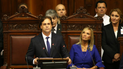 Luis Lacalle Pou asumió como presidente de la República por el período 2020-2025