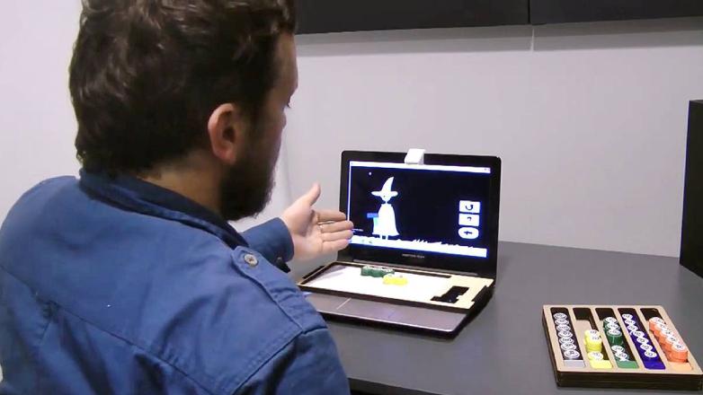 Académicos uruguayos diseñaron un juego tangible y virtual para que niños pequeños aprendan matemática