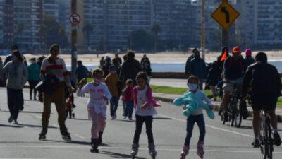 """The Economist analiza el manejo de Uruguay del COVID-19: """"Rápido pero no estricto"""""""